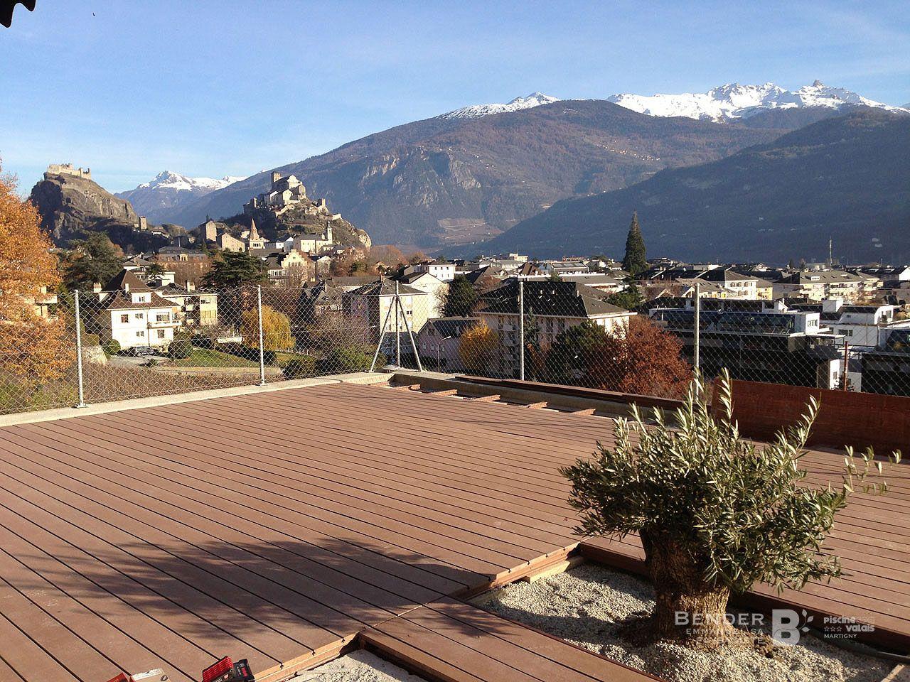Cr ation d 39 une terrasse bois autour d 39 un spa nos r alisations - Terrasse bois sur plots reglables ...